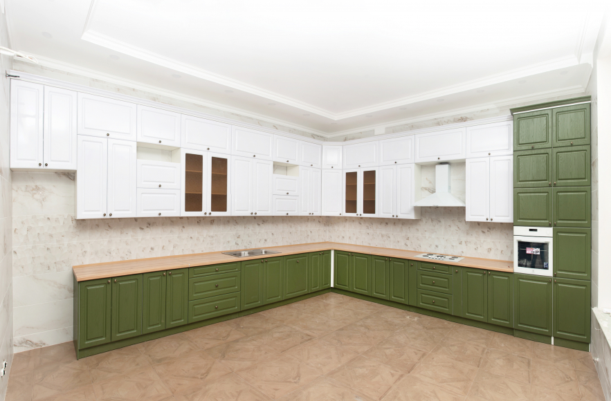 Кухонный гарнитур МДФ Квадро классика дуб болотный/белый  суперматовый - 2