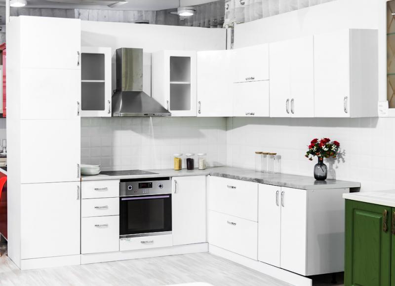 Кухня МДФ глянец белый